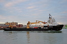 Offshore Support Vessel, SD Northern River, arriving at Portsmouth on ...