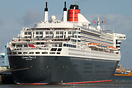 RMS Queen Mary 2 is a transatlantic ocean liner and the largest built ...
